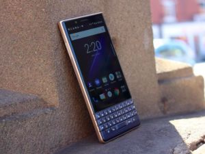 How To Make The BlackBerry Key2 LE A Much Better Phone