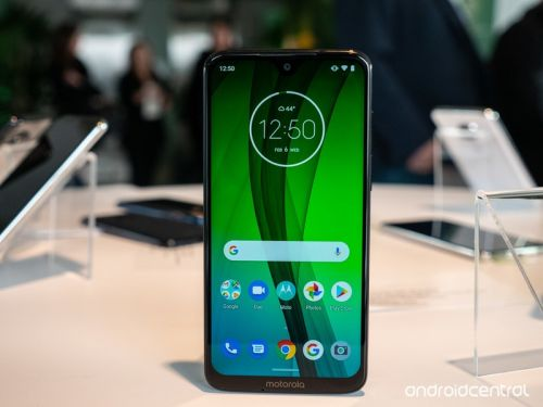 Here's where to buy the Moto G7