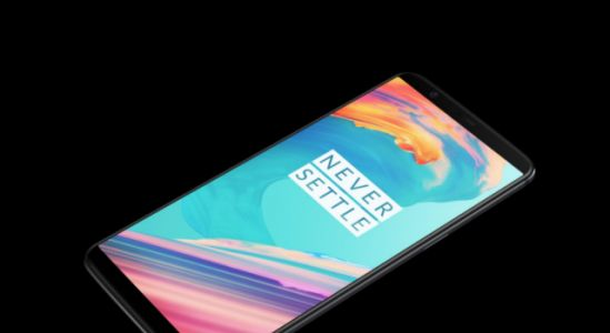 Get a cheaper OnePlus 5T or Xiaomi phones in Lightinthebox flash sale