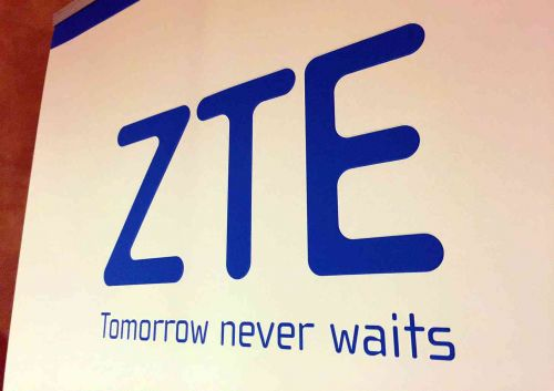ZTE Axon Multy rumored to launch in October with foldable dual screen design