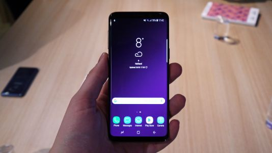 Samsung Galaxy S9 users reporting touchscreen dead zones - here's how to test yours