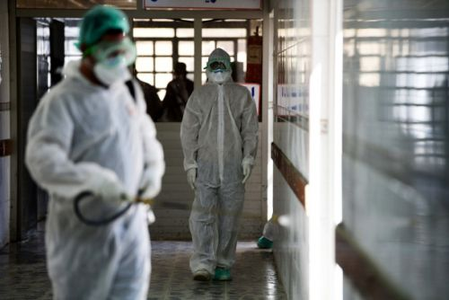 Doctors don't understand this mysterious condition that kills coronavirus patients