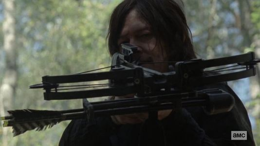 """Norman Reedus Teases THE WALKING DEAD Season Finale Will Include """"A Full-On GAME OF THRONES Super War Battle"""""""