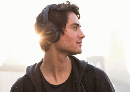 Save $50 on second-gen Bose SoundLink wireless over-ear headphones