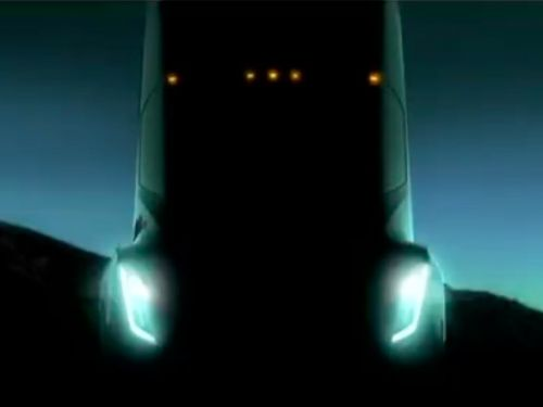 Elon Musk says Tesla will unveil its new big-rig truck in October