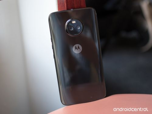 Unlocked Moto X4 with Motorola software will come to the U.S. this year