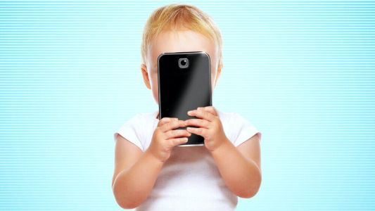 Trailer For SCREENED OUT a Documentary About Smartphone and Screen Addiction