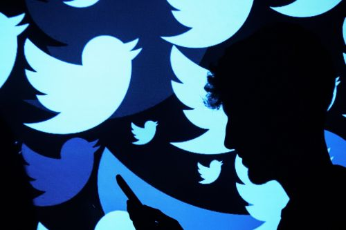 Twitter is sending weird, cryptic messages to users and nobody knows what it means