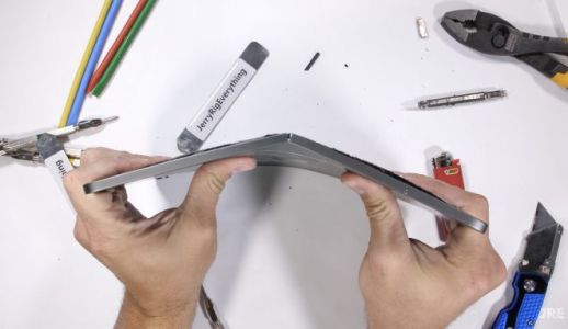 This new iPad Pro bend test raises some questions
