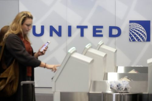 Limited-time offer: Score an easy 60k bonus miles with this United Airlines credit card
