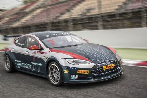 Tesla car-racing series gets go-ahead from Formula 1 overseer, promoter says