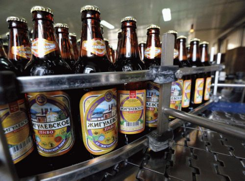 There's finally a way to keep beer and soda bottles fresh overnight, and it only costs $7.49