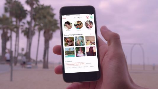 Tinder and Spotify team up to test sending song clips to matches