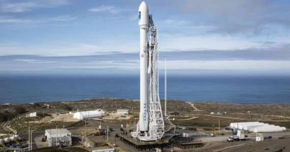 SpaceX's satellites for beaming internet access to earth are now in orbit