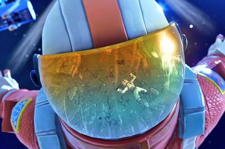 Fortnite season 6, week 7 challenges: Skydive through floating rings guide