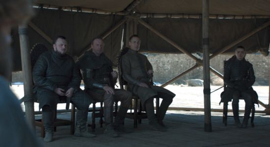 Game Of Thrones Finale Leaves Water Bottle On Set
