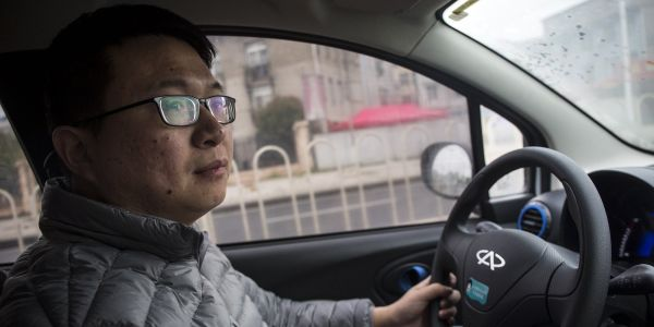 China's ride-hailing service will limit night time car pooling to passengers that are the same sex as the driver after a woman using the service was killed
