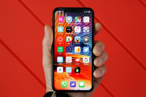 $19 iPhone X case heals itself from scratches, possibly using sorcery