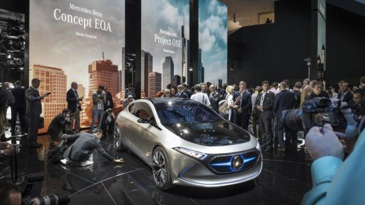 Mercedes' parent company just made a key investment that could revolutionize electric cars