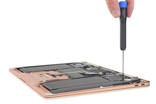 IFixit's MacBook Air teardown reveals Apple's most repairable notebook in years