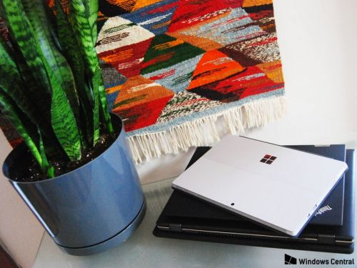 5 easy ways to save money when buying a laptop