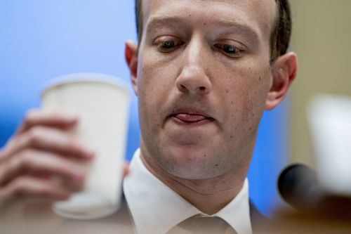 ANALYST: Investing in Facebook has 3 risks