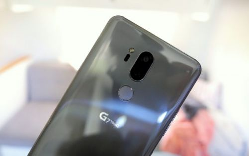 LG is the only one getting dual-sensor camera right