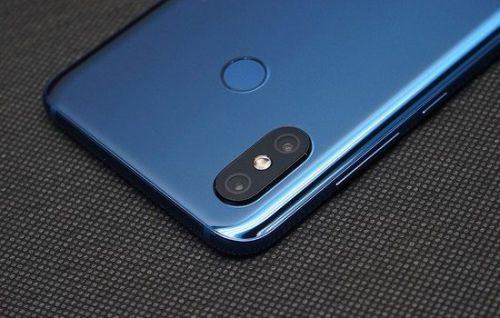 Xiaomi Mi 8 Now Available From $409.99