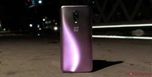 OnePlus' on-stage mistake causes confusion, says next device will be 'among the first' with Snapdragon 855