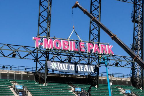 T-Mo confirms increased capacity at T-Mobile Park ahead of MLB Opening Day 2019