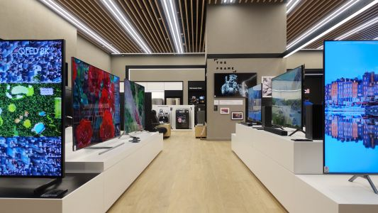 Samsung's Multi-Experience store is an innovative first in experienced-based retail solutions
