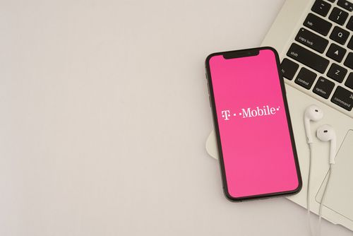 T-Mobile starts migrating Sprint customers