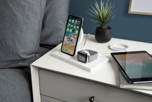 Belkin's wireless charging station juices up your iPhone XS and Apple Watch 4 - but it costs $159