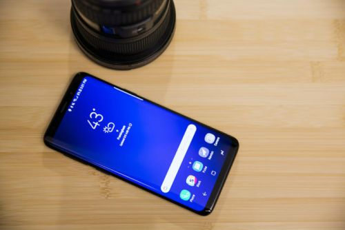Samsung Galaxy S10 rumors: It won't have a notch but it might have. a hole?