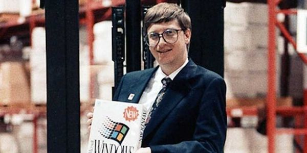 Bill Gates once stayed up until 4 a.m. to write a game that Apple thought was 'embarrassing'