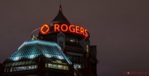 Teacher-texting service launches campaign against Rogers, Bell over service charges