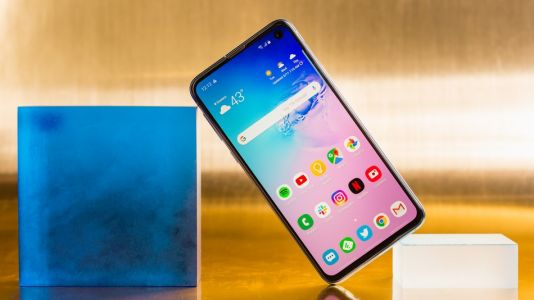 Galaxy S10 series is already more popular than S9 duo at launch