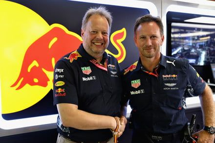 Aston Martin will merge with Red Bull Racing for the 2018 Formula 1 season