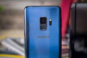 Verizon customers can get a half-off Galaxy S9 directly from their carrier now