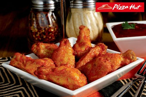 Pizza Hut commits to antiobiotics-free chicken wings by 2022