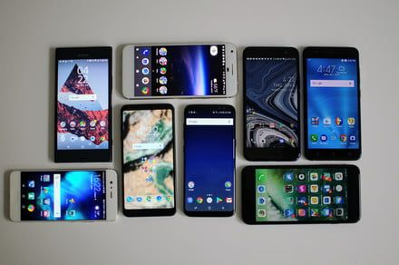 Here's our comparison of the most bezel-less designs among smartphones