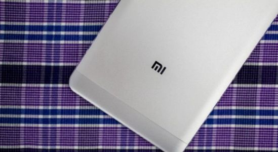 Xiaomi is the most popular brand on China's largest e-store