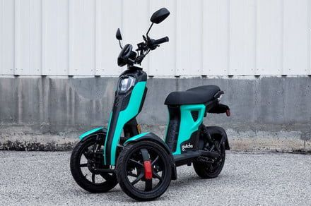 This zippy electric trike is about to join the ridesharing revolution