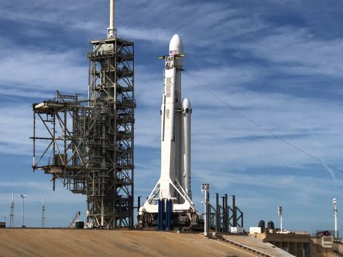 Elon Musk emphasizes the risks ahead of Falcon Heavy's first mission