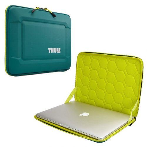Protect your 15-inch laptop with $35 off Thule's Gauntlet 3.0 sleeve