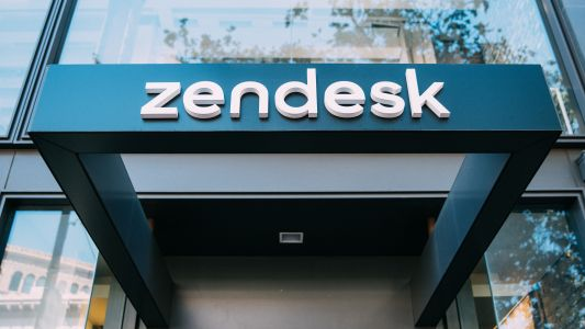 Zendesk boosts CRM capabilities with Smooch deal