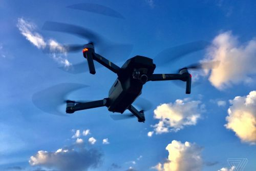Drone sighting briefly halts flights to Newark International Airport