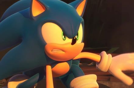 'Sonic the Hedgehog' adaptation racing to theaters next fall