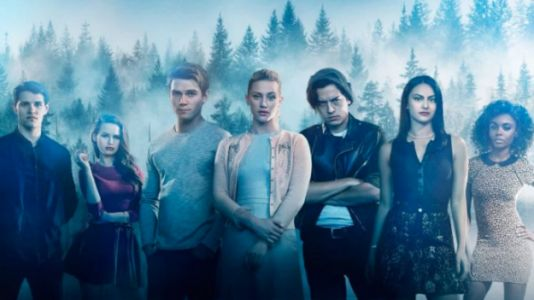 Riverdale Mixes Growing Up, Character Developments and Cults in S3
