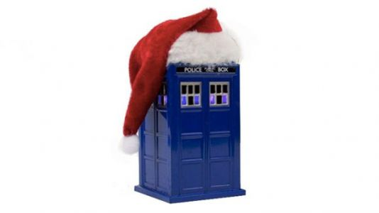 15 Best Geeky Holiday Decorations for Your Home